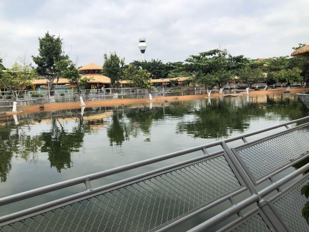 スイティエン公園 ワニ釣り